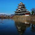 凛々と 松本城